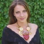 DaLea Drevené šperky je o remesle a ručnej výrobe, náušnice, náhrdelníky, náramky, súpravy šperkov, prívesky na kabelky.DaLea Drevené šperky je o remesle a ručnej výrobe, náušnice, náhrdelníky, náramky, súpravy šperkov, prívesky na kabelky.