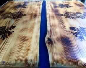 TOMS – drevo a živica - Vyrábame originálny nábytok a doplnky z dreva a živice
