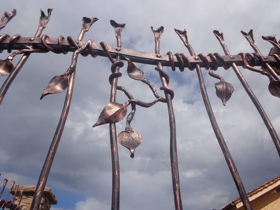 Kováčstvo Rác, kované oplotenia, zábradlia, mreže, doplnky
